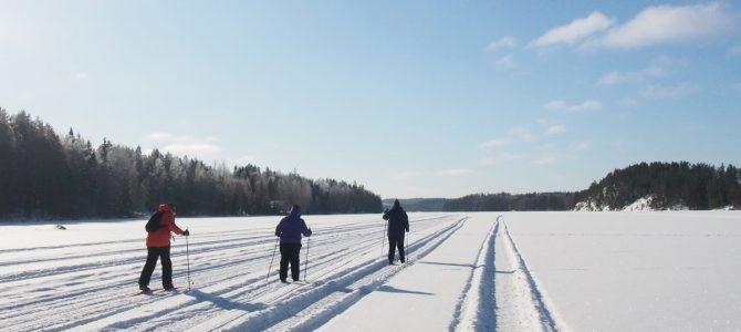 """Ilmastomuutos ja keväthanget – """"Meditation Skiing"""" laturetken merkeissä"""